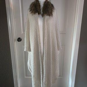 Faux fur off white shawl